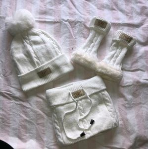 Ugg white hat scarf and glove set